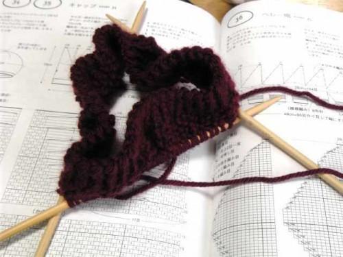 手編みキャップ途中経過