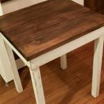 小さなテーブル完成